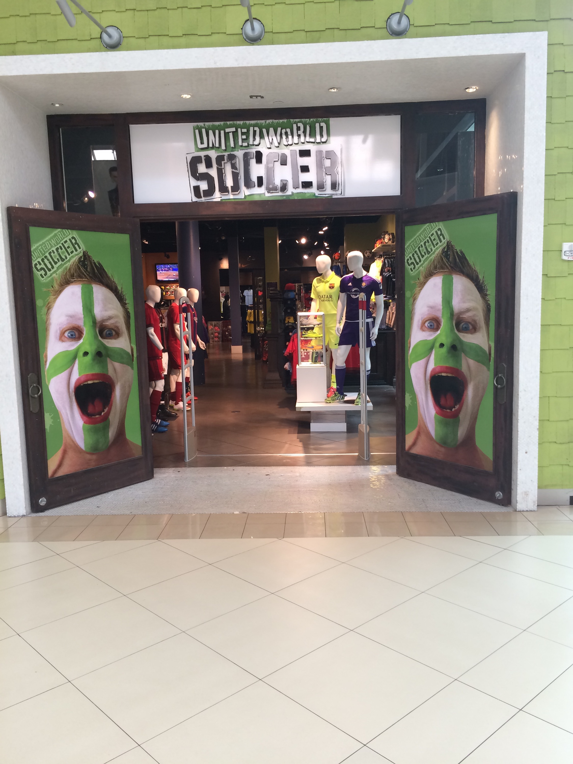 Entrada a United World Soccer Florida Mall
