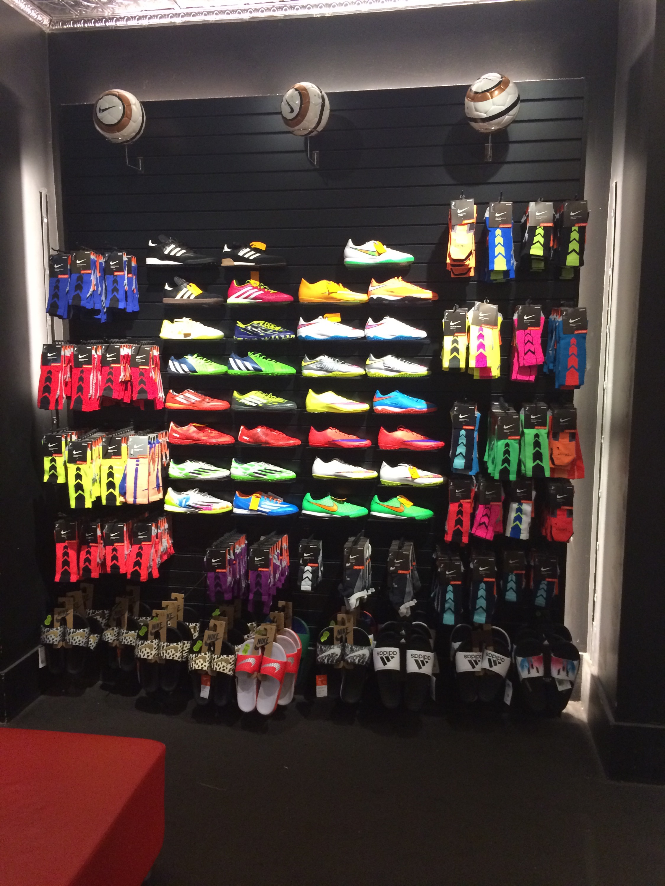 Medias y botines de indoor - United World Soccer