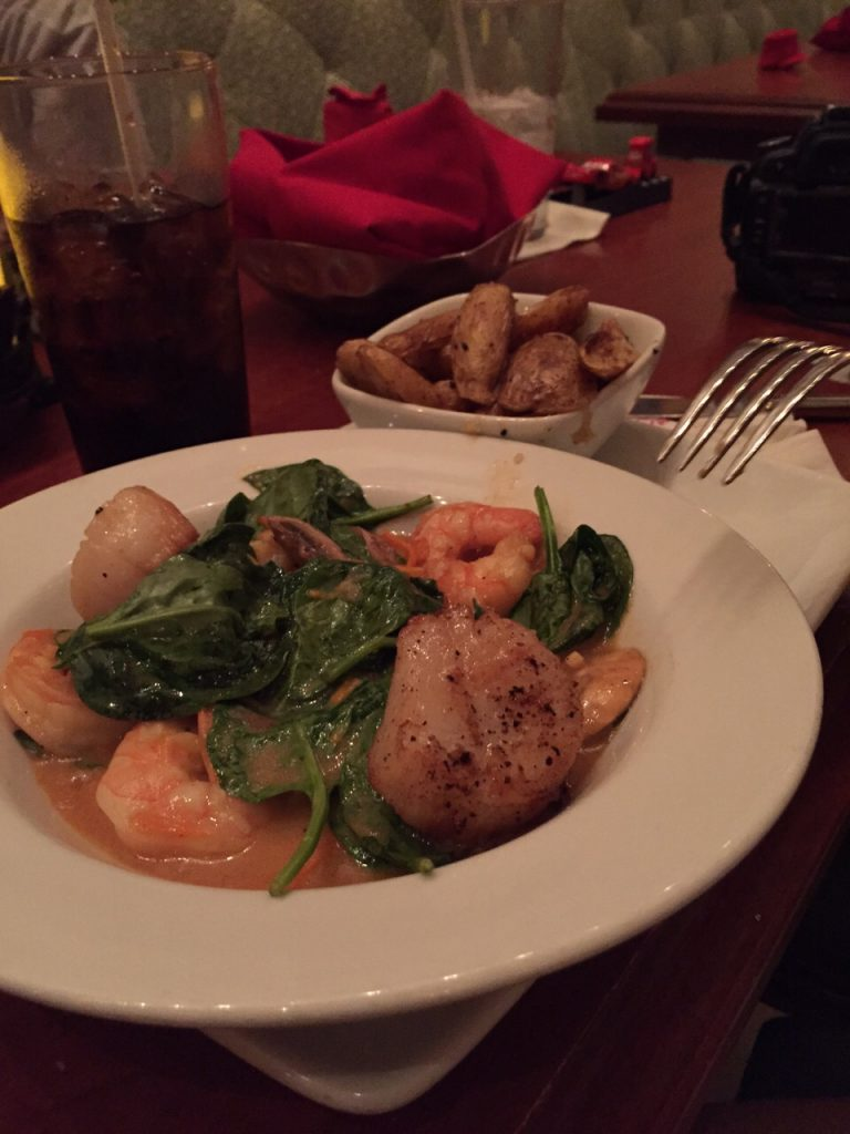 Sautéed Shrimp and Scallops - Restaurant Be Our Guest