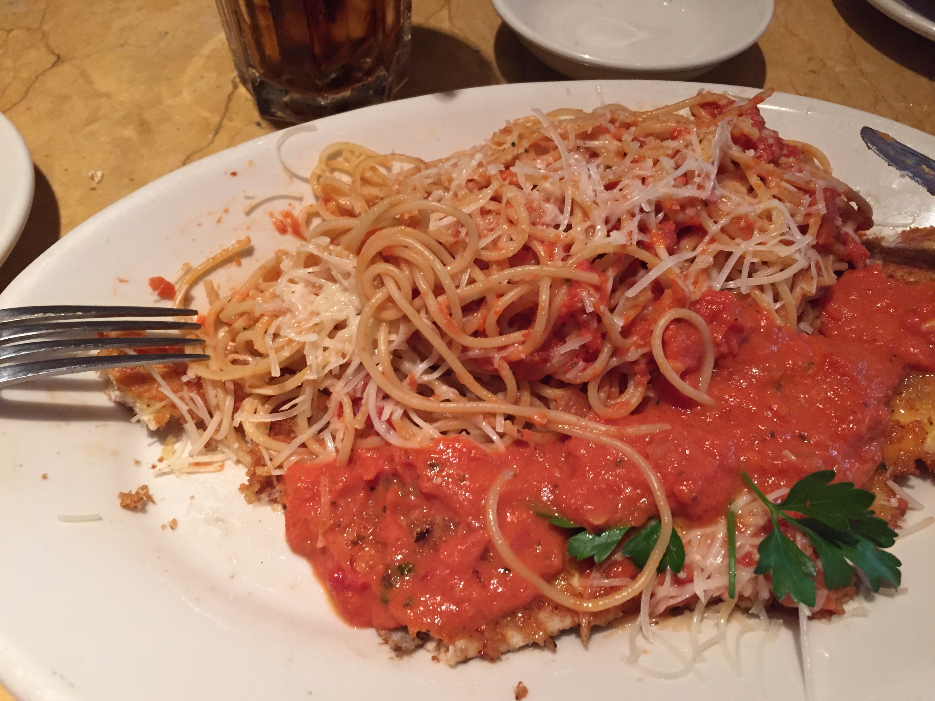Chicken Romano - comer en The Cheesecake Factory